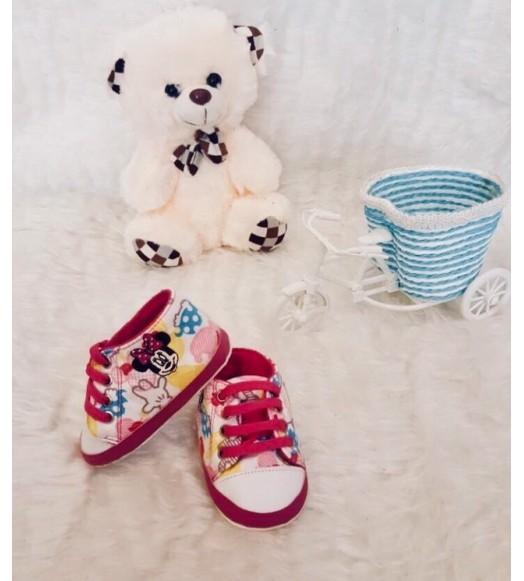 حذاء طفل