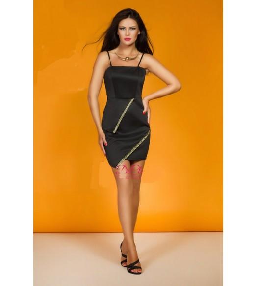 فستان سترابس