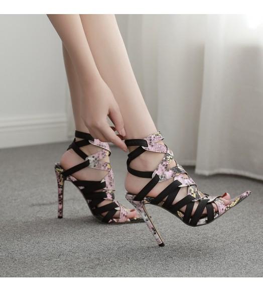 حذاء هاي هيل